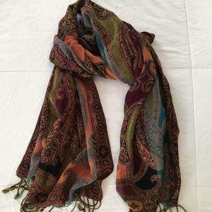 Accessories - Multi-colored fashion scarf!